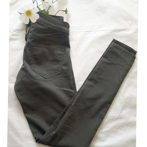👖3 For $30👖H&M Skinny Denim Pants